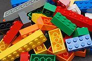 """Elemen pembangun """"Lego"""""""